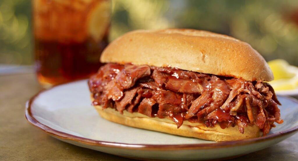 Rattlers-BBQ-Beef-Sandwich