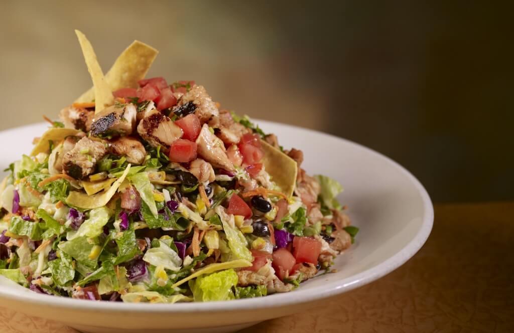 Rattlers-BBQ-Chopped-Salad